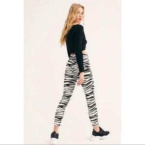 WE THE FREE Belle Printed Skinny Pants Zebra New
